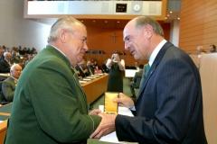09.4.Goldene Medaille des Ehrenzeichens für Verdienste um das Land NÖ an Kurt Schauer