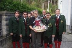 2009-10-23.Ehrenmitglied Norbert Strebinger - Abordnung zum 60er